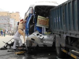 Gần 50 người thương vong vì tai nạn giao thông trong ngày 29-4