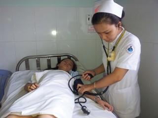 Không đo huyết áp khi khám bệnh, rất nguy hiểm cho bệnh nhi