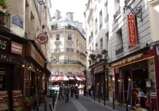 Cách chi tiêu ở Paris một ngày với 2 triệu đồng