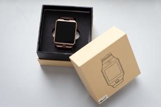 Đồng hồ giá chỉ hơn triệu đồng, nghe gọi như điện thoại