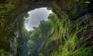 Do mưa lũ, hang Sơn Đoòng tạm dừng khai thác đến tháng 2-2016