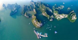Vịnh Hạ Long thắng cảnh đẹp nhất nhìn từ trên cao