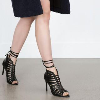 8 tuyệt chiêu giúp các quý cô tự tin hơn khi đi giày cao gót