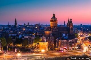 Top 10 thành phố tiệc tùng sôi động nhất châu Âu