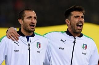 Ý chốt danh sách tham dự Euro 2016: Vắng người hùng Pirlo, Balotelli