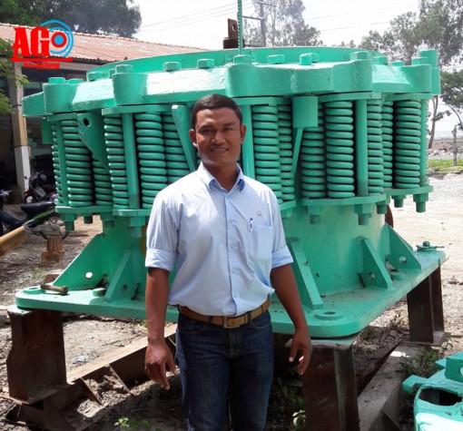 Kỹ sư Khmer giỏi sáng tạo kỹ thuật