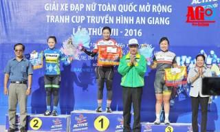 Chặng 5, Giải xe đạp nữ toàn quốc mở rộng, bị bể vỏ Nguyễn Thị Thật vẫn về nhất