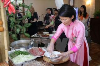 Ba món ăn của Việt Nam lọt Top 100 món ăn ngon nhất thế giới