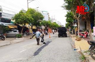 Nỗ lực hoàn trả hiện trạng mặt đường ở Long Xuyên đúng tiến độ, đảm bảo chất lượng