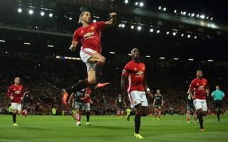 Pogba ra mắt ấn tượng, MU leo lên ngôi đầu bảng