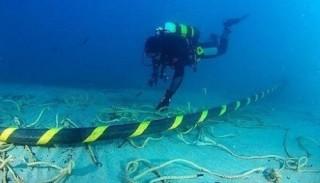 Cáp quang biển AAG đã được nối xong, bạn đã thấy Internet nhanh hơn chưa?