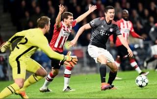 Lewandowski lập cú đúp, Bayern lội ngược dòng trước PSV