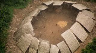 Hé lộ ảnh bộ lạc Amazon bí ẩn không tiếp xúc người ngoài
