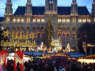 10 khu chợ đẹp rực rỡ đêm Giáng sinh