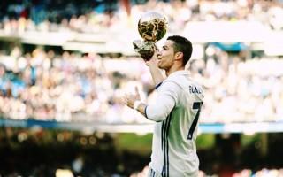 """Ronaldo sáng cửa ẵm danh hiệu """"Cầu thủ xuất sắc nhất FIFA 2016"""""""