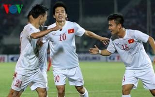 ĐT Việt Nam kém Thái Lan 9 bậc trên BXH FIFA tháng 2