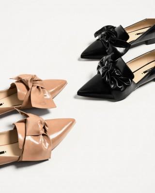 Giữa loạt xu hướng cũ-mới đan xen của năm 2017, đây là 6 kiểu giày hợp lý nhất bạn nên chọn cho mình