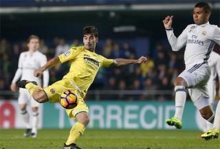 Ngược dòng từ chỗ thua 0-2, Real giành lại vị trí dẫn đầu