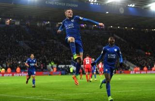 Ranieri ra đi, Leicester hạ gục Liverpool