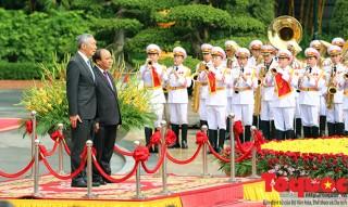 Thủ tướng Nguyễn Xuân Phúc chủ trì lễ đón Thủ tướng Singapore và Phu nhân