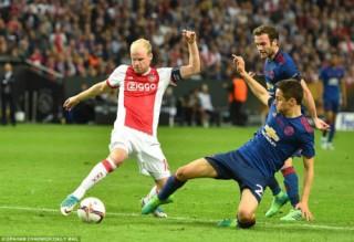 """Góc chiến thuật MU – Ajax: """"Cáo già"""" Mourinho phủ đầu săn cúp"""