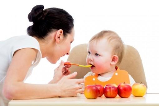 Tết thiếu nhi, chuyên gia dinh dưỡng chia sẻ cách giúp trẻ ăn ngon hơn