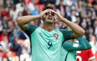 New Zealand - Bồ Đào Nha: Khó cản Ronaldo?