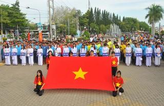 Hấp dẫn Giải đua thuyền rồng Báo An Giang lần VI- 2017