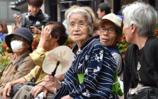 Số người Nhật Bản trên 90 tuổi lần đầu vượt mốc 2 triệu