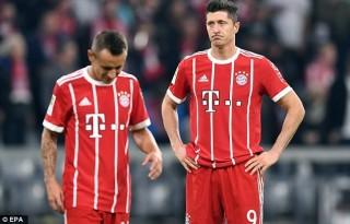 Bayern Munich đánh rơi chiến thắng đáng tiếc ngay trên sân nhà