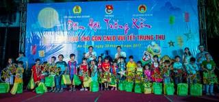 Hàng ngàn phần quà trung thu cho trẻ em nghèo, con công nhân lao động