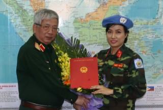 Nữ sĩ quan Việt Nam đầu tiên đi gìn giữ hòa bình Liên Hợp Quốc