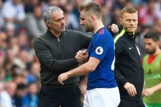Mourinho sẽ phải bán nhiều cầu thủ trước khi muốn mua sắm