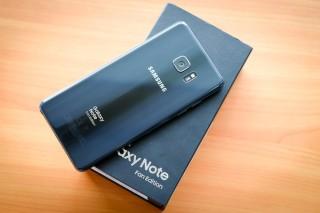 Galaxy Note FE được bán ở Việt Nam từ ngày 25-11