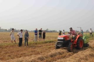 Xây dựng nguồn nhân lực phục vụ nông nghiệp