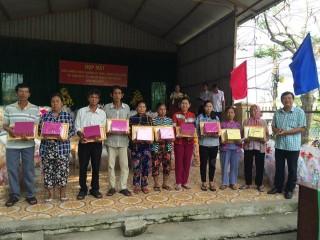 Nỗ lực giúp dân thoát nghèo bền vững
