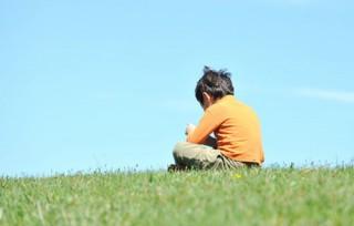 Trẻ tự kỷ dễ bị rối loạn tâm trạng