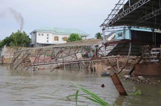 Chống sạt lở sông Hậu tại TP. Long Xuyên