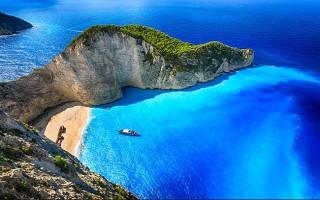 Tận hưởng nắng vàng cát trắng tại những hòn đảo đẹp như chốn tiên cảnh