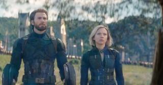 Avengers: Infinity War cán mốc 1 tỉ USD nhanh nhất lịch sử