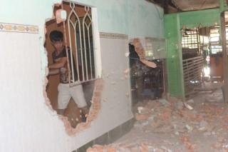 Nguy cơ sạt lở ở xã Kiến Thành, 15 nhà dân phải di dời khẩn cấp