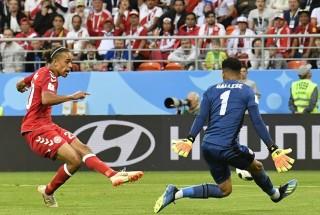 Phung phí cơ hội, Peru thúc thủ trong nước mắt trước Đan Mạch