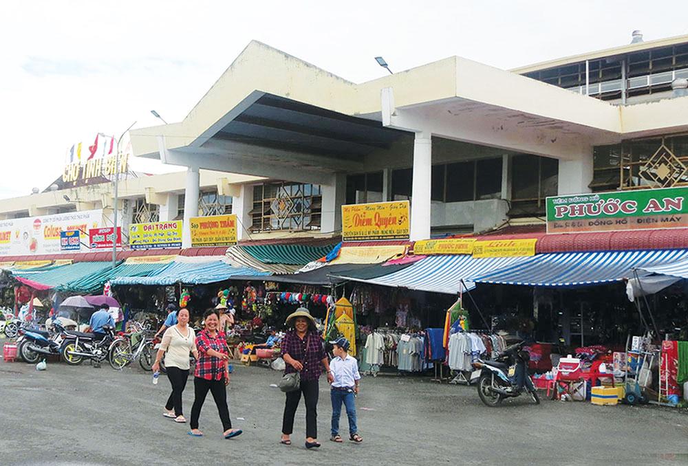 Chợ Tịnh Biên mùa làm ăn - Báo An Giang Online