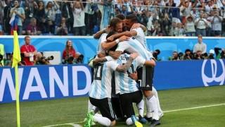 Messi lập công, Argentina rưng rưng hạnh phúc qua vòng bảng