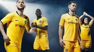 Chelsea ngấm ngầm chốt tương lai Willian, Hazard, Courtois