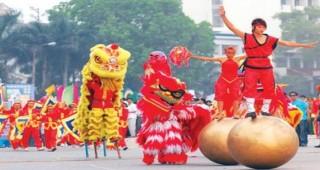 5.000 người tham gia lễ hội đường phố chưa từng có ở Hồ Hoàn Kiếm