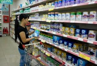 Hàng loạt loại sữa bột cho trẻ em tăng giá từ ngày hôm nay