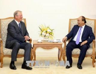 Thủ tướng Nguyễn Xuân Phúc tiếp cựu Phó Tổng thống Hoa Kỳ Al Gore