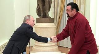 Ngôi sao hành động Mỹ làm cầu nối cho quan hệ Trump-Putin là ai?