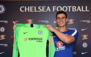 Chelsea bán Courtois, ra mắt thủ môn đắt nhất thế giới